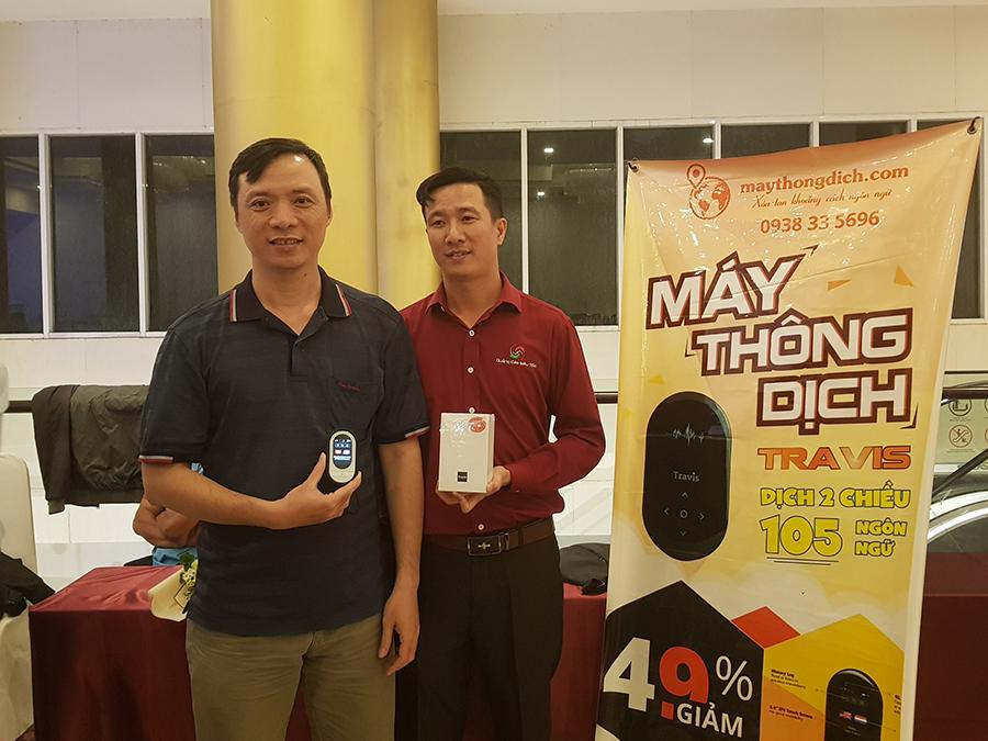 Anh Lam Nguyen và CEO của Maythongdich.com