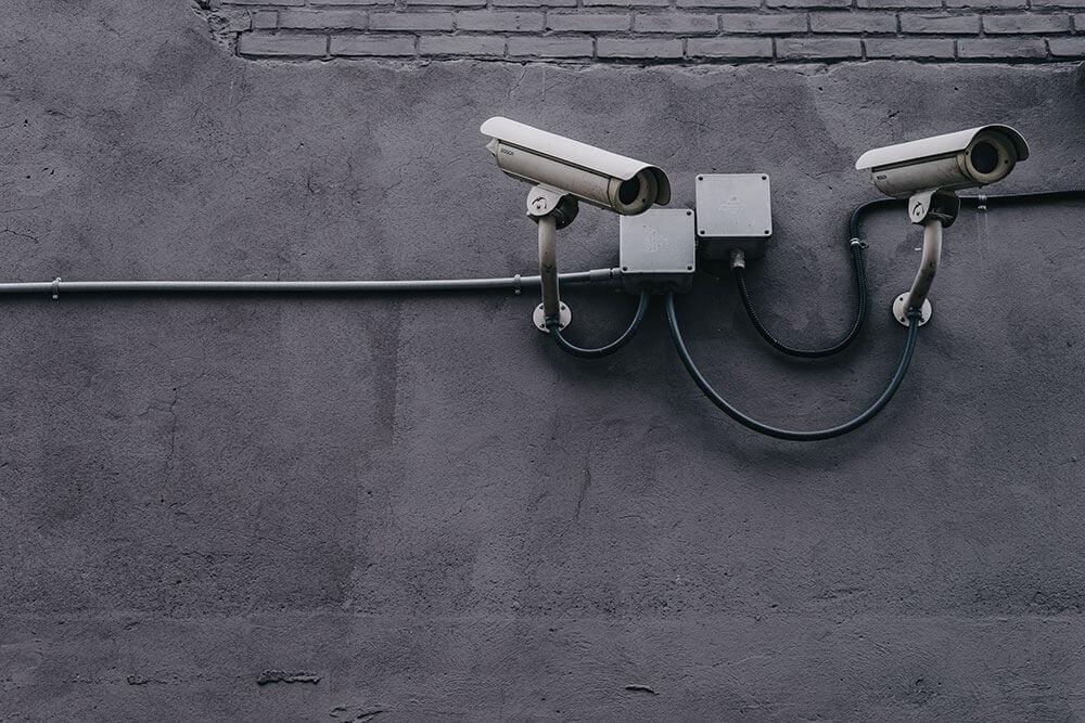 Camera theo dõi bị cấm chạy quảng cáo Facebook